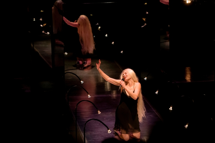 29987090_ART _ CULTURE _ SPECTACLE CAROLE THIBAUT joue son spectacle performance FANTAISIES au THEATRE DES ILETS MONTLUCON le 08-03-18 , photo florian salesse .jpg